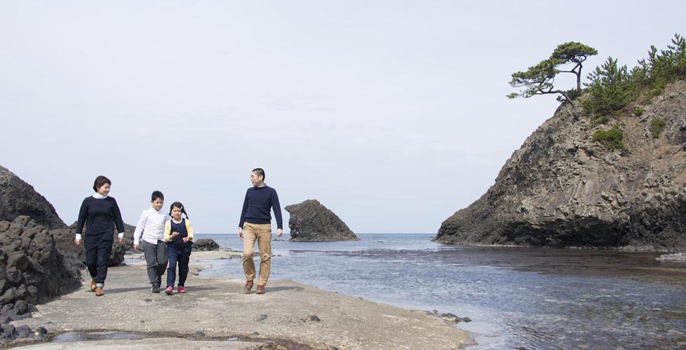 国定公園「越前松島」の海辺