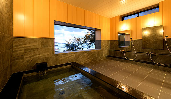 三国温泉の浴室「松風」